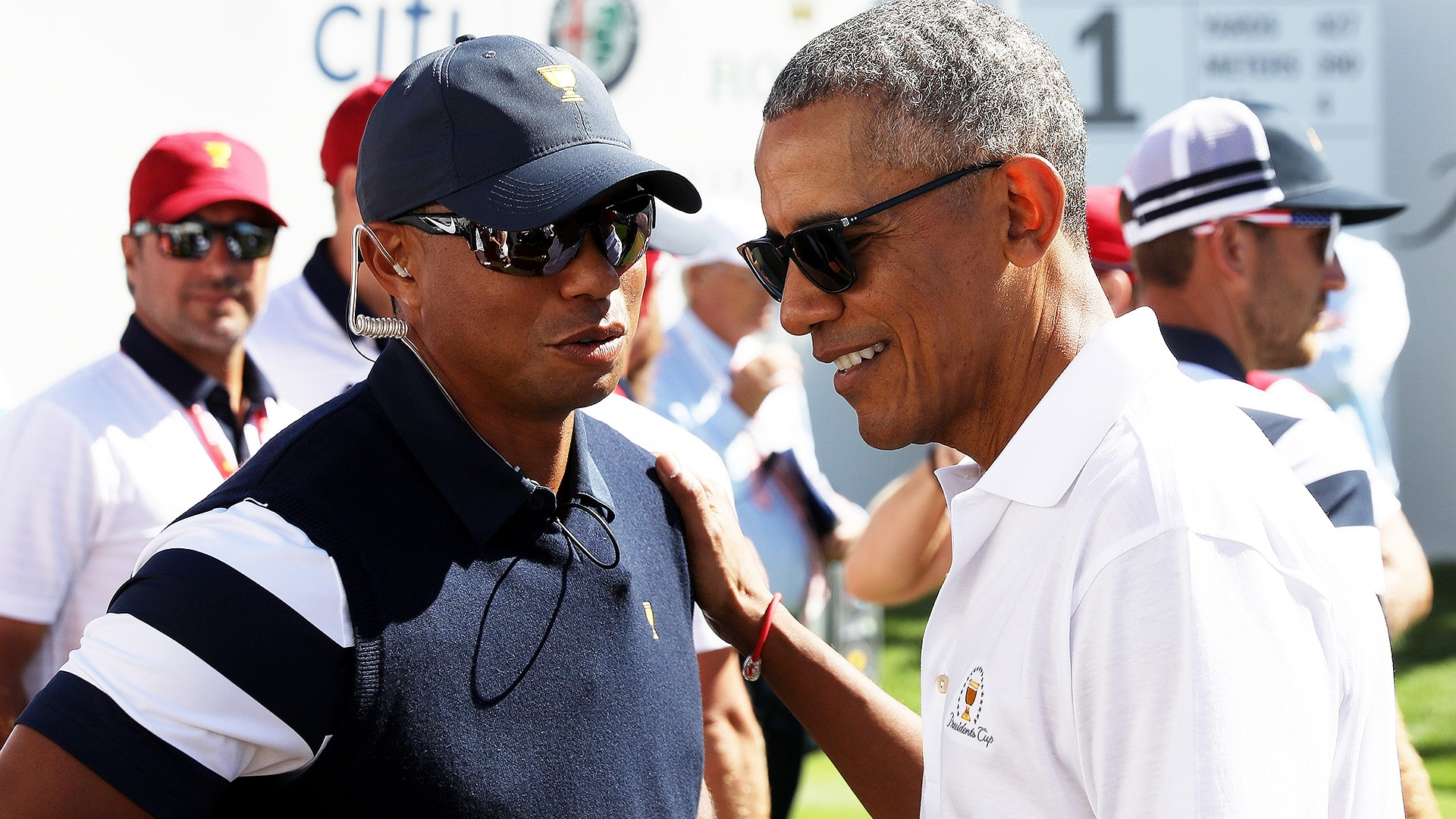 Tiger Woods and President Barack Obama at 2017 Presidents Cup