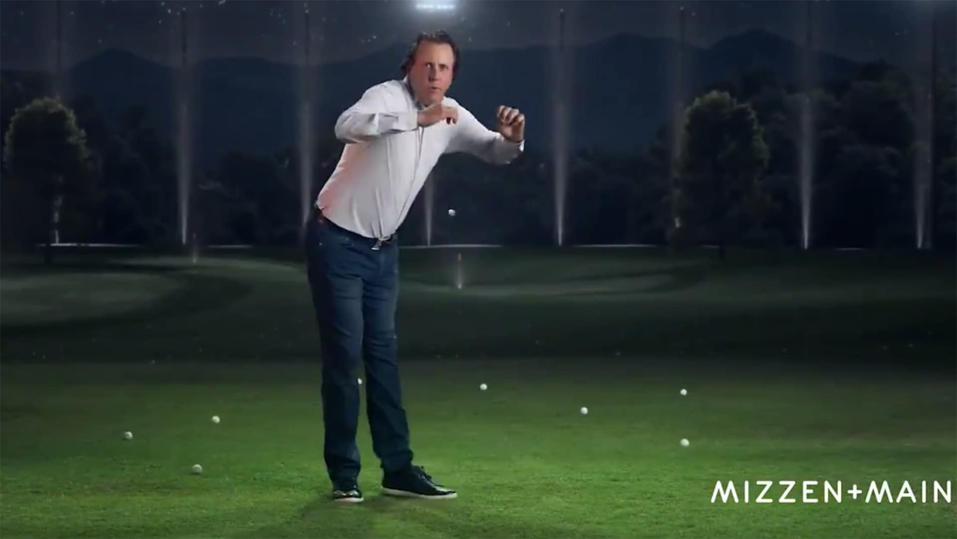 Phil Mickelson dancing in a Mizzen+Main commercial.