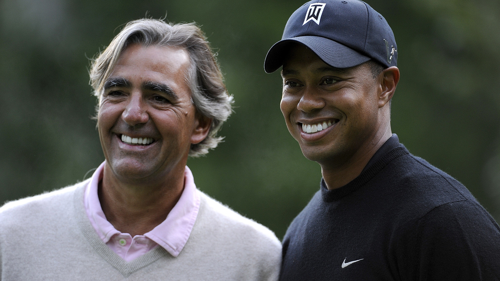 Seth Waugh with Tiger Woods at the 2009 Deutsche Bank Championship.