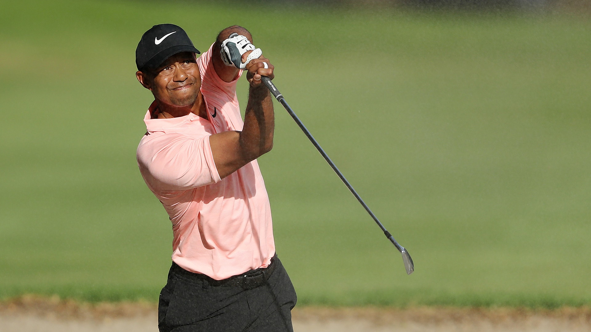Tiger Woods Makes Par On 9 With Spectacular Shot From Fairway Bunker Golf Channel