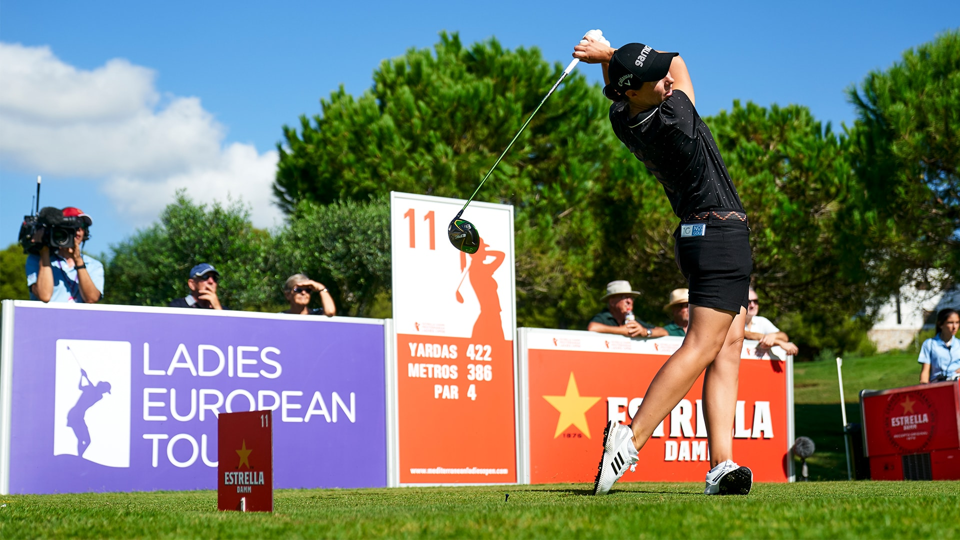 Carlotta Ciganda teeing off at an LET event