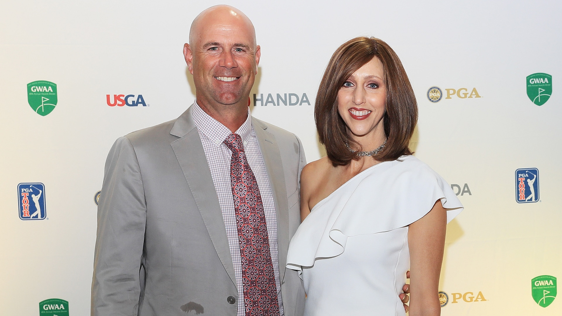 Stewart Cink Says He And Wife Lisa A Cancer Survivor Had Covid 19 This Year Golf Channel