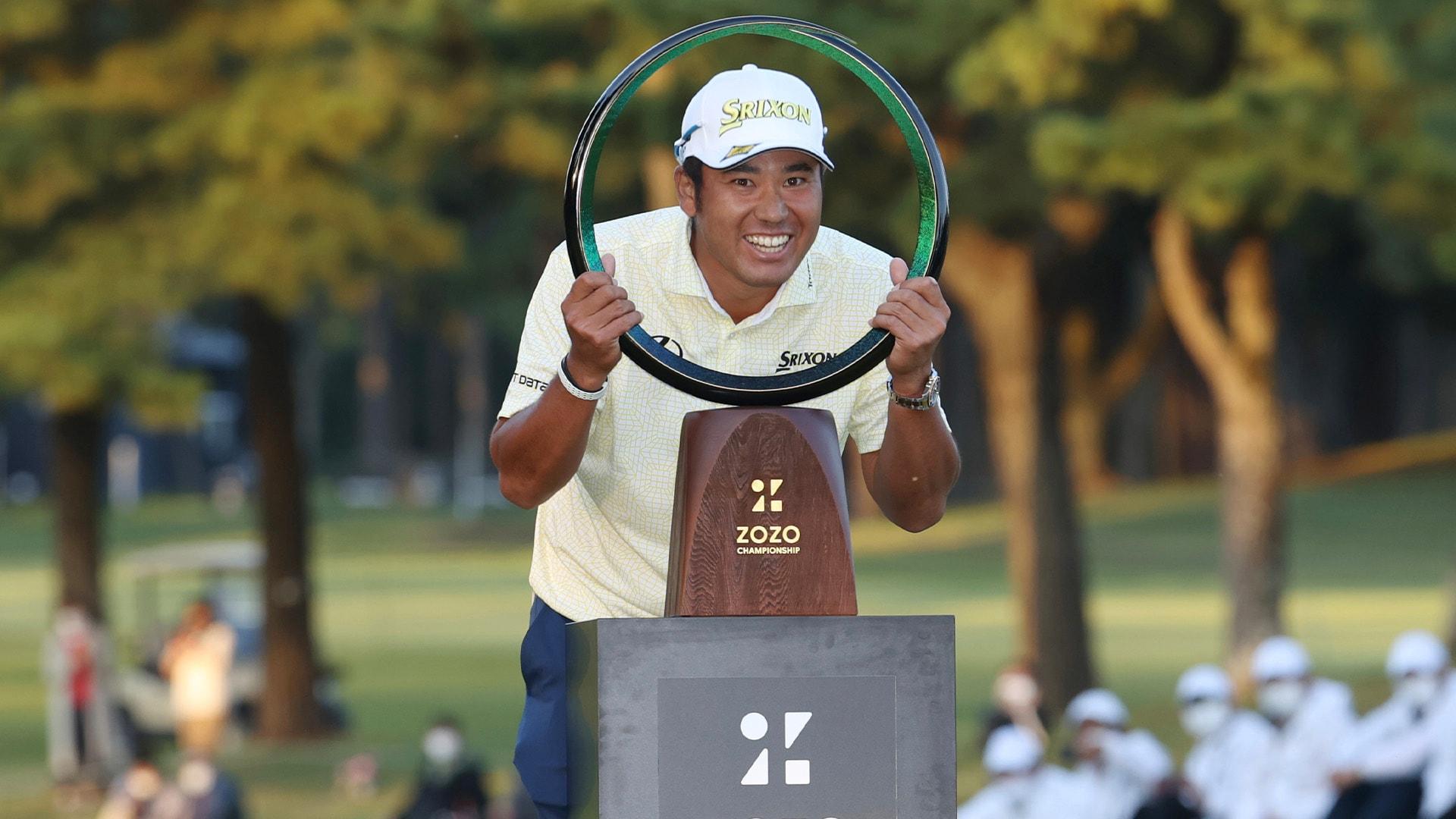 Hideki Matsuyama with ZOZO trophy