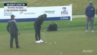 Wie: Koepka looks confident with putting stroke