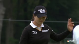 Putting clinic: Sei Young Kim rolls in birdie on 17