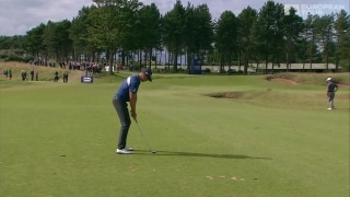 Highlights: Stenson two off lead in Scotland