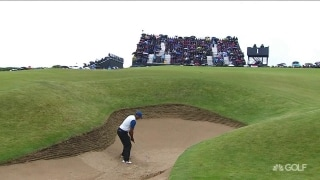 Tiger's smooth escape from the bunker on No. 1
