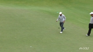 Pan the man! Pan rolls in clutch putt at No. 7