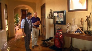 Feherty Shorts: Painting a bag with Tom Lehman