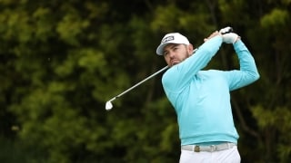 Instant Analysis: Oosthuizen (66) lurking at yet another major