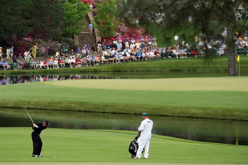 AUGUSTA, GA - APRIL 10:  Gary Player of South Africa hits a shot to the 15th green during the second round of the 2009 Masters Tournament at Augusta National Golf Club on April 10, 2009 in Augusta, Georgia.  (Photo by David Cannon/Getty Images)