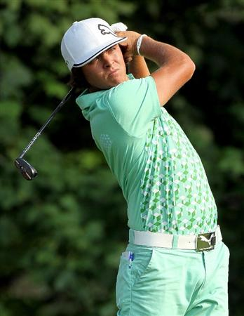 DUBLIN, OH - JUNE 04:  Rickie Fowler hits his tee shot on the 14th hole during the second round of The Memorial Tournament presented by Morgan Stanley at Muirfield Village Golf Club on June 4, 2010 in Dublin, Ohio.  (Photo by Andy Lyons/Getty Images)