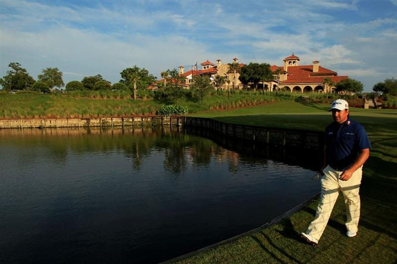 PONTE VEDRA BEACH, FL - MAY 14:  Graeme McDowell of Northern Ireland walks to the first tee during the third round of THE PLAYERS Championship held at THE PLAYERS Stadium course at TPC Sawgrass on May 14, 2011 in Ponte Vedra Beach, Florida.  (Photo by Streeter Lecka/Getty Images)