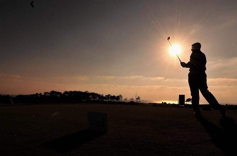 ESTORIL, PORTUGAL - APRIL 02:  Peter Lawrie of Ireland plays his tee shot on the 17th hole during the first round of The Estoril Open de Portugal The Oitavos Dunes Golf Course on April 2, 2009 in Cascais, Portugal.  (Photo by Stuart Franklin/Getty Images)