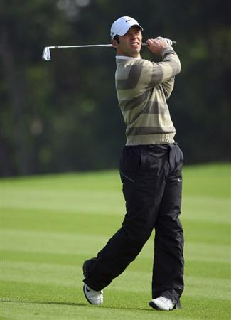 SHANGHAI, CHINA - NOVEMBER 10:  Paul Casey of England in action during the final round of the HSBC Champions at Sheshan Golf Club on November 10, 2008 in Shanghai, China.  (Photo by Andrew Redington/Getty Images)