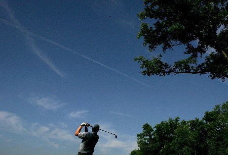 OAKMONT, PA - JUNE 15:  Chad Campbell hits his tee shot on the 13th tee during the second round of the 107th U.S. Open Championship at Oakmont Country Club on June 15, 2007 in Oakmont, Pennsylvania.  (Photo by Ross Kinnaird/Getty Images)