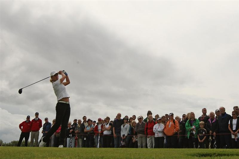 LYTHAM ST ANNES, ENGLAND - AUGUST 01:  Giulia Sergas of Italy tees off on the 3rd hole during the third round of the 2009 Ricoh Women's British Open Championship held at Royal Lytham St Annes Golf Club, on August 1, 2009 in Lytham St Annes, England.  (Photo by Warren Little/Getty Images)