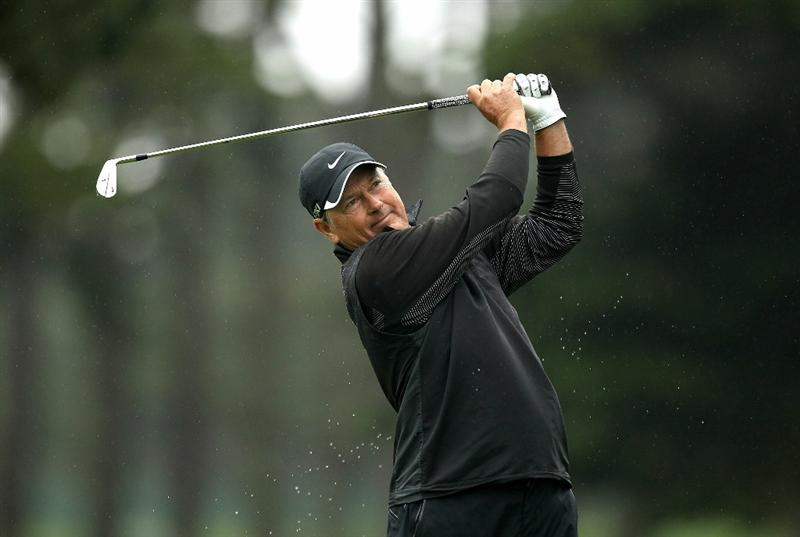 SAN FRANCISCO - NOVEMBER 07:  John Cook tees off on the 3rd hole during the final round of the Charles Schwab Cup Championship at Harding Park Golf Course on November 7, 2010 in San Francisco, California.  (Photo by Ezra Shaw/Getty Images)
