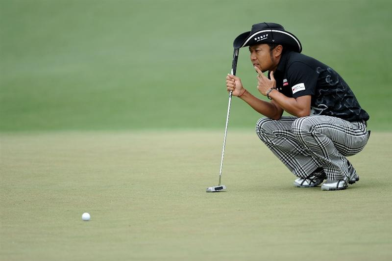 AUGUSTA, GA - APRIL 08:  Shingo Katayama of Japan lines up a putt on the second green during the first round of the 2010 Masters Tournament at Augusta National Golf Club on April 8, 2010 in Augusta, Georgia.  (Photo by Harry How/Getty Images)