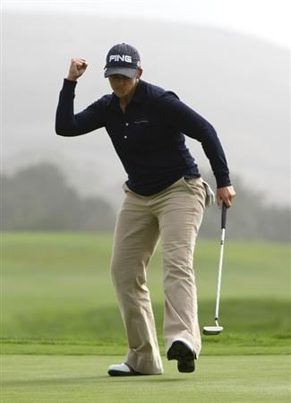 HALF MOON BAY, CA - OCTOBER 04:  Angela Stanford pumps her fist after making a birdie putt on the 18th hole during the third round of the Samsung World Championship at the Half Moon Bay Golf Links Ocean Course on October 4, 2008 in Half Moon Bay, California.  (Photo by Jonathan Ferrey/Getty Images)