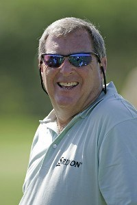 Fuzzy Zoeller warms up on the practice range during the Wednesday Pro-Am at the 2006 Mastercard Championship  at Hualalai resort,  Kona, Hawaii.Photo by: Chris Condon/PGA TOUR