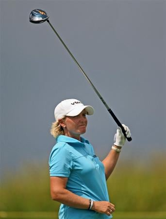 HAVRE DE GRACE, MD - JUNE 13: Becky Morgan of Wales watches her tee shot on the 11th hole during the third round of the McDonald's LPGA Championship at Bulle Rock Golf Course on June 12, 2009 in Havre de Grace, Maryland. (Photo by Drew Hallowell/Getty Images)