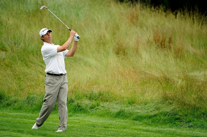 FARMINGDALE, NY - JUNE 19:  Jeff Brehaut plays a shot on the sixth hole during the continuation of the first round of the 109th U.S. Open on the Black Course at Bethpage State Park on June 19, 2009 in Farmingdale, New York.  (Photo by Sam Greenwood/Getty Images)