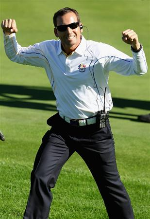 NEWPORT, WALES - OCTOBER 04:  European Team vice-captain Sergio Garcia celebrates during the singles matches during the 2010 Ryder Cup at the Celtic Manor Resort on October 4, 2010 in Newport, Wales.  (Photo by Andy Lyons/Getty Images)