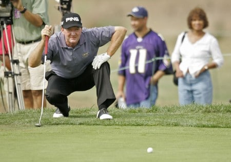 Bob Gilder on the 15th hole during the final round of the Constellation Energy Classic being held at Hayfields Country Club in Hunt Valley, Maryland on September 18, 2005. Gilder won the event finishing at -18 under par and takes home $255,000.Photo by Mike Ehrmann/WireImage.com