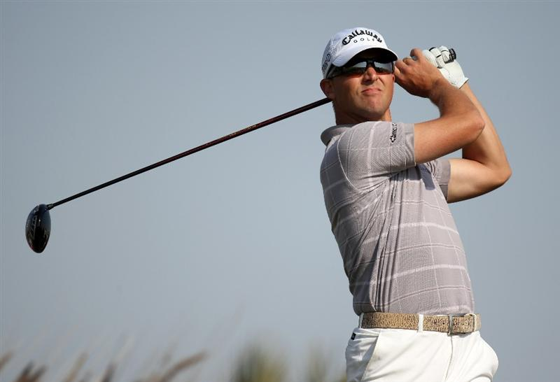 DOHA, QATAR - JANUARY 22:  Niclas Fasth of Sweden  on the 16th tee during the first round of the Commercialbank Qatar Masters at the Doha Golf Club on January 22, 2009 in Doha, Qatar.  (Photo by Ross Kinnaird/Getty Images)