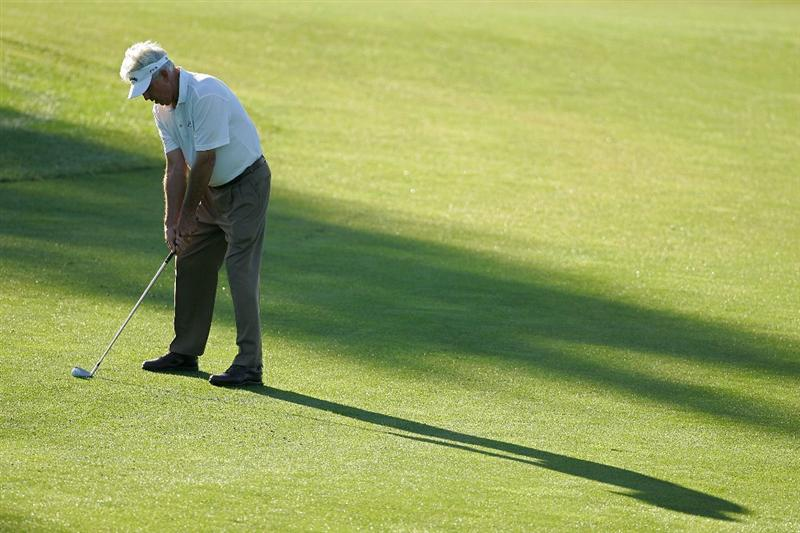 TIMONIUM, MD - OCTOBER 10:  Dave Eichelberger plays a shot during the second round of the Constellation Energy Senior Players Championship at Baltimore Country Club East Course held on October 10, 2008 in Timonium, Maryland  (Photo by Michael Cohen/Getty Images)