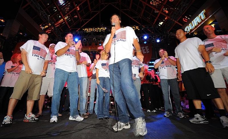 LOUISVILLE, KY - SEPTEMBER 18: USA team captain Paul Azinger speaks to the crowd with his team at the downtown Ryder Cup pep rally prior to the start of the 2008 Ryder Cup on September 18, 2008 in Louisville, Kentucky. (Photo by Sam Greenwood/Getty Images)