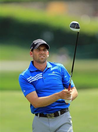 ORLANDO, FL - MARCH 27:  Sergio Garcia of Spain plays his tee shot on the 16th hole during the final round of the 2011 Arnold Palmer Invitational presented by Mastercard at the Bay Hill Lodge and Country Club on March 27, 2011 in Orlando, Florida.  (Photo by David Cannon/Getty Images)