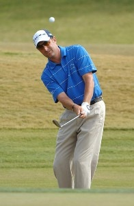 Jeff Gove chips to the ninth hole during the first round of the 2007 Frys.com Open Pro-Am at TPC Summerlin October 11, 2007 in Las Vegas, Nevada. PGA TOUR - 2007 Frys.com Open - First RoundPhoto by Marc Feldman/WireImage.com