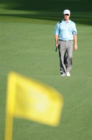 AUGUSTA, GA - APRIL 08:  David Toms walks to the second green during the first round of the 2010 Masters Tournament at Augusta National Golf Club on April 8, 2010 in Augusta, Georgia.  (Photo by Harry How/Getty Images)