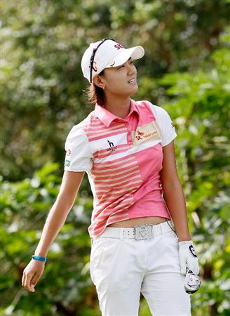 MONTEGO BAY, JAMAICA - APRIL 15:  Na Yeon Choi of South Korea reacts after her tee shot on the fourth hole during the third round of The Mojo 6 Jamaica LPGA Invitational at Cinnamon Hill Golf Course on April 15, 2010 in Montego Bay, Jamaica.  (Photo by Kevin C. Cox/Getty Images)