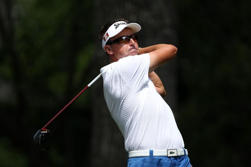 AUGUSTA, GA - APRIL 08:  Robert Allenby of Australia hits his tee shot on the second hole during the second round of the 2011 Masters Tournament at Augusta National Golf Club on April 8, 2011 in Augusta, Georgia.  (Photo by Andrew Redington/Getty Images)