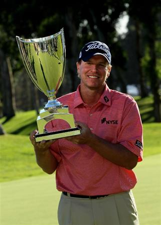 PACIFIC PALISADES, CA - FEBRUARY 7:  Steve Stricker poses with the trophy after the final round of the Northern Trust Open at Riviera Country Club on February 7, 2010 in Pacific Palisades, California. (Photo by Stephen Dunn/Getty Images)