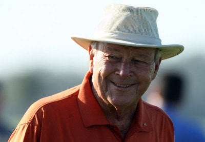 Arnold Palmer looks on at the 1st hole during the final round of the 2007 Del Webb Father Son Challenge on the International Course at Champions Gate Golf Club, on December 2, 2007 in Champions Gate, Florida, Champions Tour - Del Webb Father-Son Challenge - Final RoundPhoto by David Cannon/WireImage.com