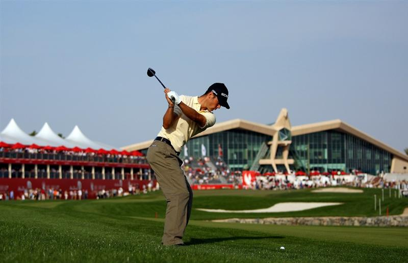 ABU DHABI, UNITED ARAB EMIRATES - JANUARY 17:  Martin Kaymer of Germany plays his second shot on the 18th hole during the third round of The Abu Dhabi Golf Championship at Abu Dhabi Golf Club on January 17, 2009 in Abu Dhabi, United Arab Emirates.  (Photo by Andrew Redington/Getty Images)