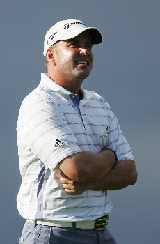 CHRISTCHURCH, NEW ZEALAND - FEBRUARY 14:  Matt Bettencourt of the USA watches the ball on the 15th hole during day one of the NZPGA Championship at Clearwater Golf Club on February 14, 2008 in Christchurch, New Zealand.  (Photo by Sandra Mu/Getty Images)