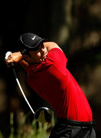 HILTON HEAD ISLAND, SC - APRIL 16:  Trevor Immelman of South Africa watches his tee shot on the 2nd hole during the first round of the Verizon Heritage at Harbour Town Golf Links on April 16, 2009 in Hilton Head Island, South Carolina.  (Photo by Streeter Lecka/Getty Images)