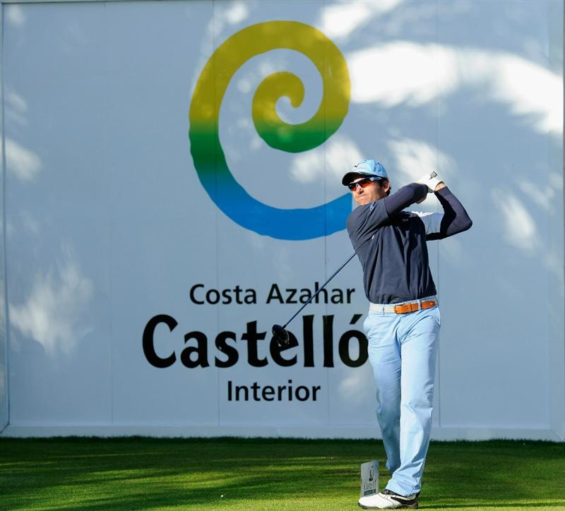 CASTELLON DE LA PLANA, SPAIN - OCTOBER 22:  Ignacio Garrido of Spain plays his tee shot on the 17th hole during the second round of the Castello Masters Costa Azahar at the Club de Campo del Mediterraneo on October 22, 2010 in Castellon de la Plana, Spain.  (Photo by Stuart Franklin/Getty Images)