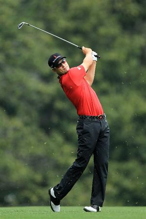 AUGUSTA, GA - APRIL 08:  Zach Johnson hits his second shot on the fifth hole during the second round of the 2011 Masters Tournament at Augusta National Golf Club on April 8, 2011 in Augusta, Georgia.  (Photo by David Cannon/Getty Images)