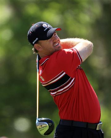 ORLANDO, FL - MARCH 23:  J.B.Holmes of the USA and the Isleworth Team watches his tee shot on the 3rd hole during the second day's play in the 2010 Tavistock Cup, at the Isleworth Golf and Country Club on March 23, 2010 in Orlando, Florida.  (Photo by David Cannon/Getty Images)