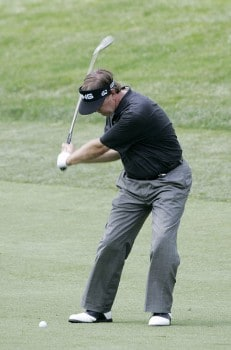 Bob Gilder in action  at the 18th during the first round of the U. S. Senior Open, July 28,2005, held at the NCR Country Club, Kettering, Ohio.Photo by Stan Badz/PGA TOUR/WireImage.com