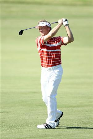 CONOVER, NC - OCTOBER 02:  Bernhard Langer of Germany hits his second shot on the 18th hole during the second round of the Ensure Classic at the Rock Barn Golf & Spa on October 2, 2010 in Conover, North Carolina.  (Photo by Christian Petersen/Getty Images)