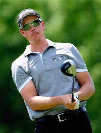 AKRON, OH - AUGUST 06:  Henrik Stenson of Sweden plays a shot during the first round of the WGC-Bridgestone Invitational on the South Course at Firestone Country Club on August 6, 2009 in Akron, Ohio.  (Photo by Sam Greenwood/Getty Images)