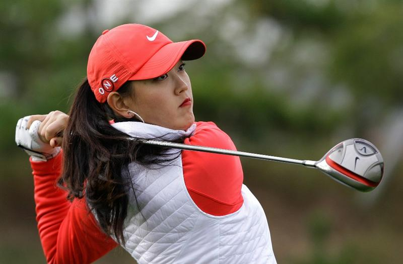 INCHEON, SOUTH KOREA - OCTOBER 31:  Michelle Wie of United States hits a tee shot on the first hole during the 2010 LPGA Hana Bank Championship at Sky 72 Golf Club on October 31, 2010 in Incheon, South Korea.  (Photo by Chung Sung-Jun/Getty Images)