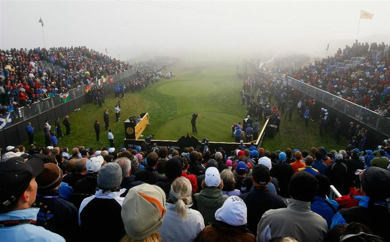 NEWPORT, WALES - OCTOBER 04:  Stewart Cink of the USA watches his tee shot on the first hole in the singles matches during the 2010 Ryder Cup at the Celtic Manor Resort on October 4, 2010 in Newport, Wales.  (Photo by Tom Dulat/Getty Images)